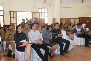 Para pejabat Pemkot Tomohon dalam reses dua Senator asal Sulut