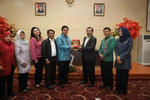 Kandouw Paparkan Kondisi Daerah dan Masyarakat Sulut Dihadapan Tim Komisi VIII DPR RI