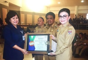 Bupati CEP Terima DIPA Tahun 2018 dari Gubernur Sulut
