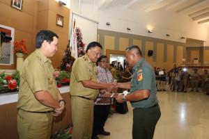 penyerahan DIPA Provinsi Sulut