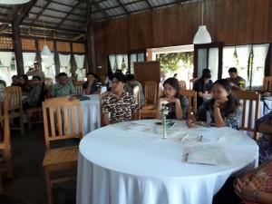 Panwas kecamatan yang menjadi peserta sosialisasi