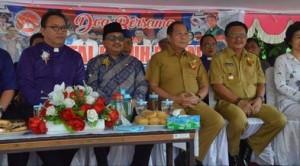 Pemkot Bitung ,  Jonas Lomban SE MSi ,Wakil Walikota Bitung, Ir Maurits Mantiri,natal