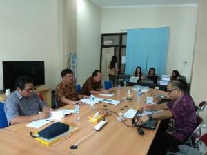 Pansus Ranperda PPKPKPK rapat dengan Tim Ahli