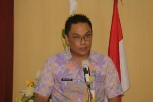 Asisten Umum Novi Politon SE saat menutup Diklat PIM IV