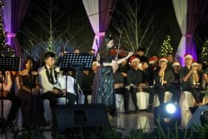 Atraksi-atraksi yang diperagakan dalam Ibadan Menyambut Natal Pemuda GMIM