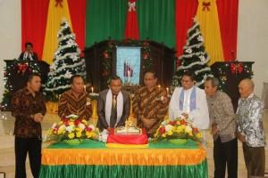 Perayaan HUT ke-19 dan Ibadah Perayaan Natal Jemaat GMIM Nimahesaan Pinaras