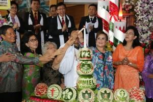 Wakil Wali Kota Syerly Adelyn Sompotan di HUT ke-172 GMIM Kakaskasen Pniel