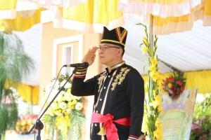Wali Kota  Jimmy F Eman SE Ak Irup di Peringatan HUT ke-15 Kota Tomohon