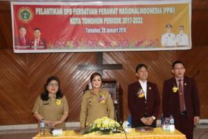 Wakil Wali Kota dan Kadis Kesehatan di Pelantikan PPNI Tomohon
