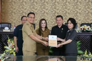 Pengajuan Dua Ranperda oleh Wali Kota Tomohon