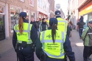 Ancam 'Telanjangi' Anak Muda yang Pakai Baju Mahal, Ini Alasan Polisi Rotterdam