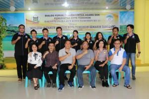 Wali kota, anggota DPD-RI, Ketua DPRD serta pemuda lintas agama Kota Tomohon