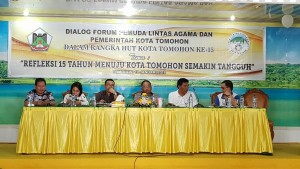 Anggota DPD-RI, Ketua DPRD Tomohon, Sekkot Tomohon, Kertua FKUB dan ketua Forum pemuda Lintas Agama
