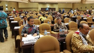 Senator asal Sulut Ir Stefanus BAN Liow dan Ir Marhany VP Pua di Sidang Paripurna DPD-RI