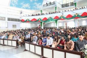 Wali Kota Tomohon Pimpin Ibadah Tahun Baru di GMIM Maranatha Paslaten