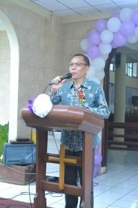 Asisten Kesejahteraan Rakyat Drs ODS Mandagi membawakan sambutan mewakili wali kota