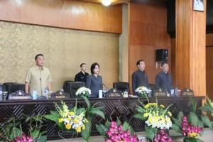 Ketua DPRD Tomohon Ir Miky HL Wenur memimpin Rapat Paripurna