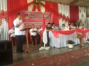 Bupati Minahasa, Drs Jantje W Sajow M.Si, kunker bupati minahasa, Tombariri ,Tombariri Timur