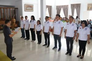 Asisten Kesejahteraan Rakyat Melantik dan mengukuhkan LPA Kota Tomohon