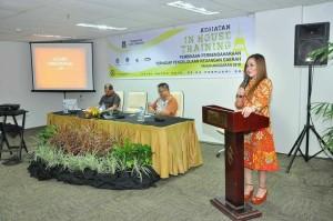 Wakil Wali Kota Tutup IHT Pembinaan Perbendaharaan di Sutan Raja Hotel