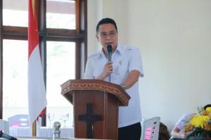 Wali Kota Tomohon memberikan sambutan sekaligus menjadi narasumber