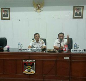 Penjabat Bupati Minahasa, Drs Royke H Mewoh DEA, Tondano Raya