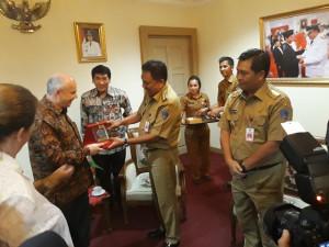 Duta Besar AS untuk Indonesia, Joseph R. Donovan Jr.