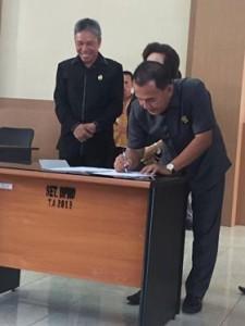 Rapat Paripurna Penyampaian LKPJ Kepala Daerah Kepada DPRD Minsel TA 2017