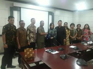 Pimpinan dan Komisi III DPRD Tomohon di DPRD Tangerang