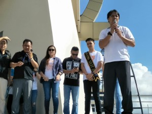 Wakil Wali Kota Tomohon Syerly Adelyn Sompotan menyamnbut  peserta Global Youth Day dan Global Children Day Gereja Masehi Advent Hari Ketujuh (GMAHK)