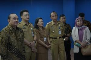Dua Staf Ahli Kementerian Ketenagakerjaan Kunjungi Wale Kabasaran Tomohon