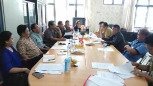 Rapat pembahasan Pansus DPRD dengan pihak eksekutif