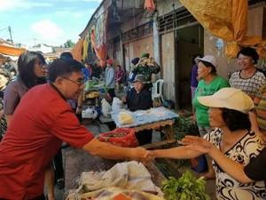 Royke Mewoh Inspeksi Pasar Langowan