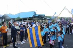 Wali Kota Tomohon melepas peserta jalan sehat