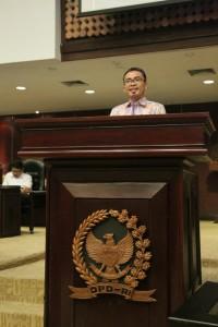 Senator  Ir Stefanus BAN L:iow membawakan  aspirasi hasil Kunker empat Senator asal Sulawesi Utara