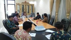 Ketua DPRD Tomohon Ir Miky JL Wenur memimpin Rapat Banmus