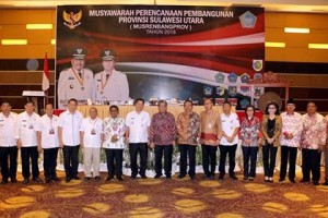 Bupati CEP Terima Penghargaa Anugera Pangripta Nusantara4