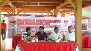 Bupati Minahasa ,Drs Royke H Mewoh DEA, Jeffry R. Korengkeng SH