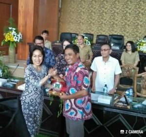 Ketua DPRD Tomohon Ir MIky JL Wenur dan Ketua DPRD Grobogan