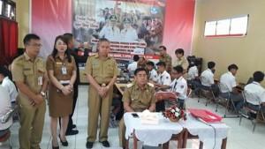 SMK 1 Tondano,  Drs. Royke Mewoh DEA, UNBK minahasa,