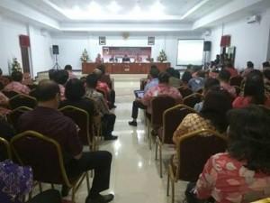 Royke Mewoh Pimpin Rapat EPPA Pemkab Minahasa