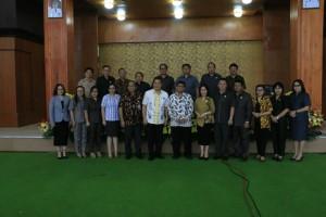 Pemkot dan DPRD Tomohon bersama tim sosialisasi KPK