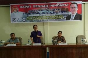 Senator SBAN Liow didampingi dua akademisi