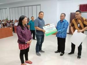 PT Pegadaian Persero Kanwil V Manado, CSR PT Pegadaian , Adam SE Ak MM,