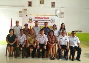 Djemmy Sundah bersama Ketua DPD LPM Tomohon dan jajaran