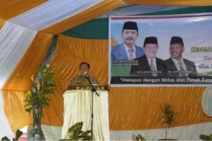 Drs H Ulyas Taha MAP , Kepala Kantor Kementerian Agama Kota Bitung, Drs Fathan Noh MHI,