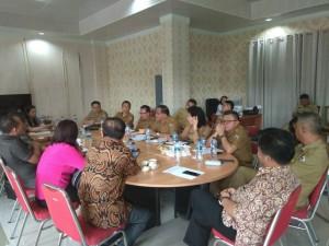Rapat pembahasan Pansus dengan TAPD