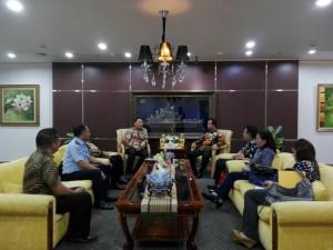 Wali Kota Tomohon dan rombongan bersama Dirjen Imigrasi