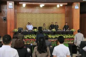 Rapat Paripurna mendengarkan jawaban wali kota terhadap pemandangan umum fraksi-fraksi