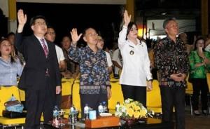 Bupati CEP dan Wabup FDW Hadiri KKR di Teguh Bersinar Amurang
